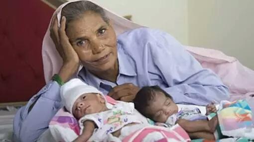 Omkari Panwar Seorang perempuan berusia 70 tahun bernama Omkari Panwar berhasil memiliki anak dan melahirkan lagi setelah melalui proses inseminasi buatan. Beberapa tahun silam dia memiliki bayi kembar dengan operasi cesar. Sebelumnya Omkari sendiri sudah mempunyai 2 anak perempuan serta 5 cucu. Namun rupanya suaminya menginginkan anak laki laki sebagai pewarisnya. Hal inilah yang mendasari ia melakukan inseminasi buatan ini.