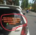 10 Tulisan Stiker tentang Istri di Kendaraan Ini Bikin Nyengir Sendiri