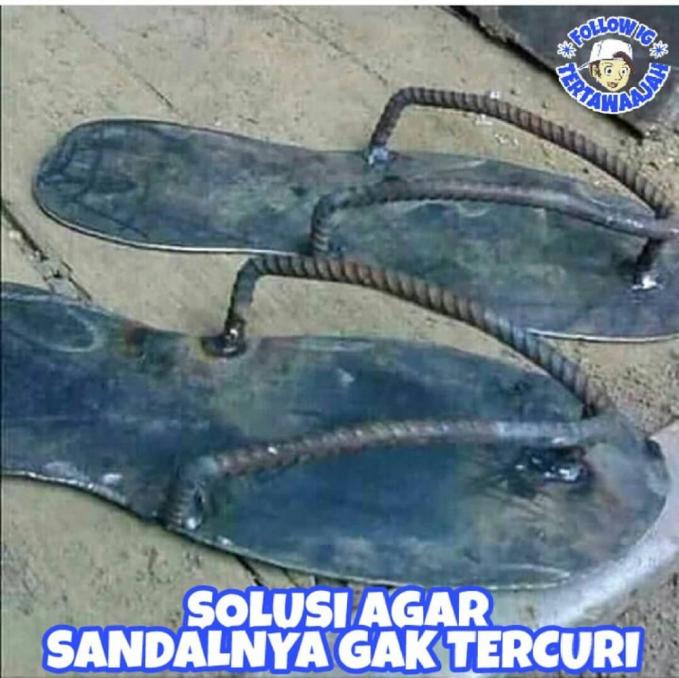 Sandal anti maling.