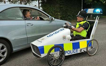 Kalo mobil polisinya kayak gini gimana bisa ngejar pencuri?