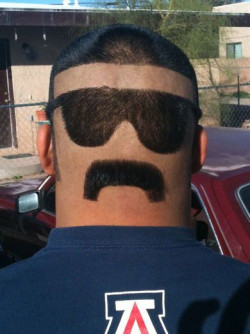 Hanya Orang Bermental Baja yang Berani Coba Gaya Rambut Gokil Ini