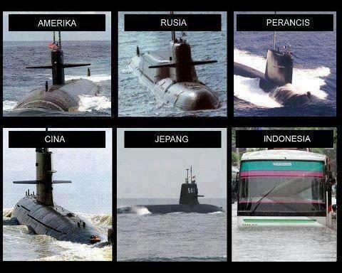 Jangankan teknologi kapal selam yang kita punya, di Indonesia bus pun bisa menyelam lho Pulsker.