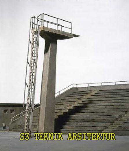 Bukannya kolam di kolam renang, tangga ini malah beradi di stadion.