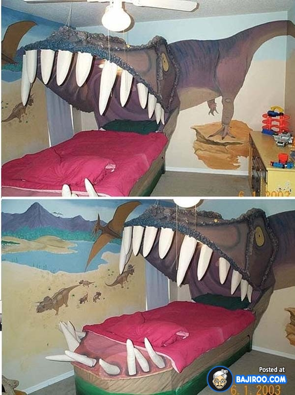 Penggemar berat Jurrasic Park, wajib coba deh kasur tiga dimensi bertema dinosaurusnya. Berasa berada di dalam mulut si dino nih.