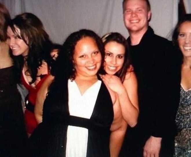Ngaku deh, kamu pasti menyangka jika salah satu wanita ini terlihat telanjang. Padahal nggak seperti yang kamu kira lho.