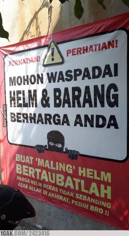 Teruntuk para maling yang suka mencuri helm dan barang, dengerin nih!