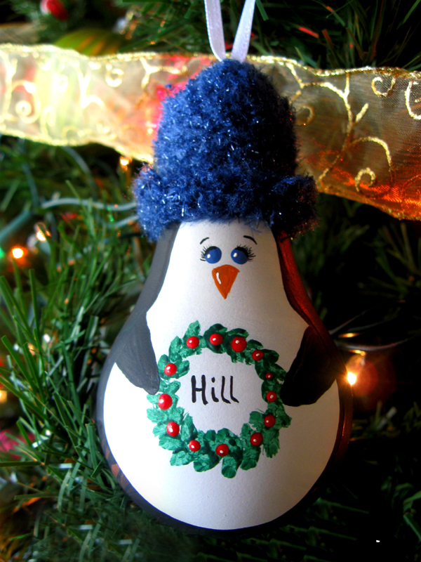 Dipajang di pohon Natal sebagai ornamen akan menambah penampilan jadi makin kece.