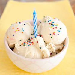Keratif! 10 Inspirasi Makanan yang Bisa Jadi Pengganti Tart Ulang Tahun