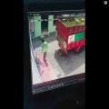 Viral! Aksi Pemuda yang Melempar Gas dan Terekam CCTV Ini Berakhir Pilu