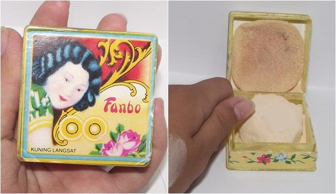 Pertama ada bedak produksi Fanbo yang sudah ada sejak tahun 1986 guys. Harganya murah meriah hanya dengan Rp. 7.000 saja selain bisa mencerahkan juga menjaga metabolisme kulit.
