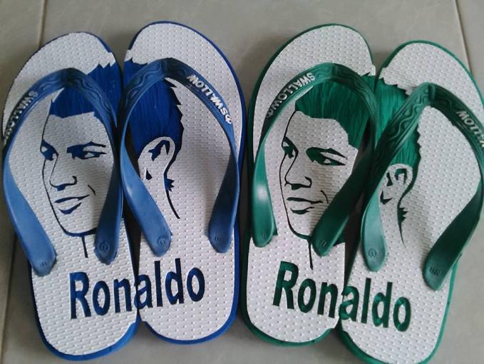 Cakep, gambar Ronaldonya mirip banget ya Pulsker.