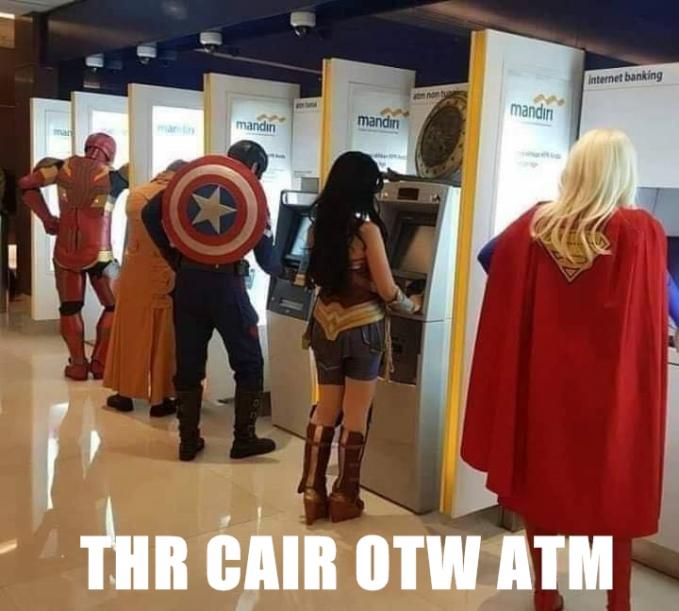 Saat para Superhero juga mendapatkan THR lebaran :D