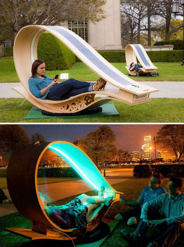 Di Amerika Serikat beberapa taman sudah menggunakan bangku dengan teknologi solar alias tenaga surya guys. Saat malam, bangku-bangku tersebut akan bercahaya. Itu dia Pulsker beberapa bangku taman dengan desain unik. Bangku taman di sekitar rumah kalian ada yang unik nggak nih?